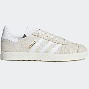Adidas Gazelle in cracked Cloud White